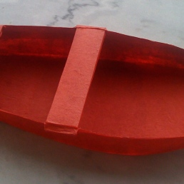 Barque de papier de soie